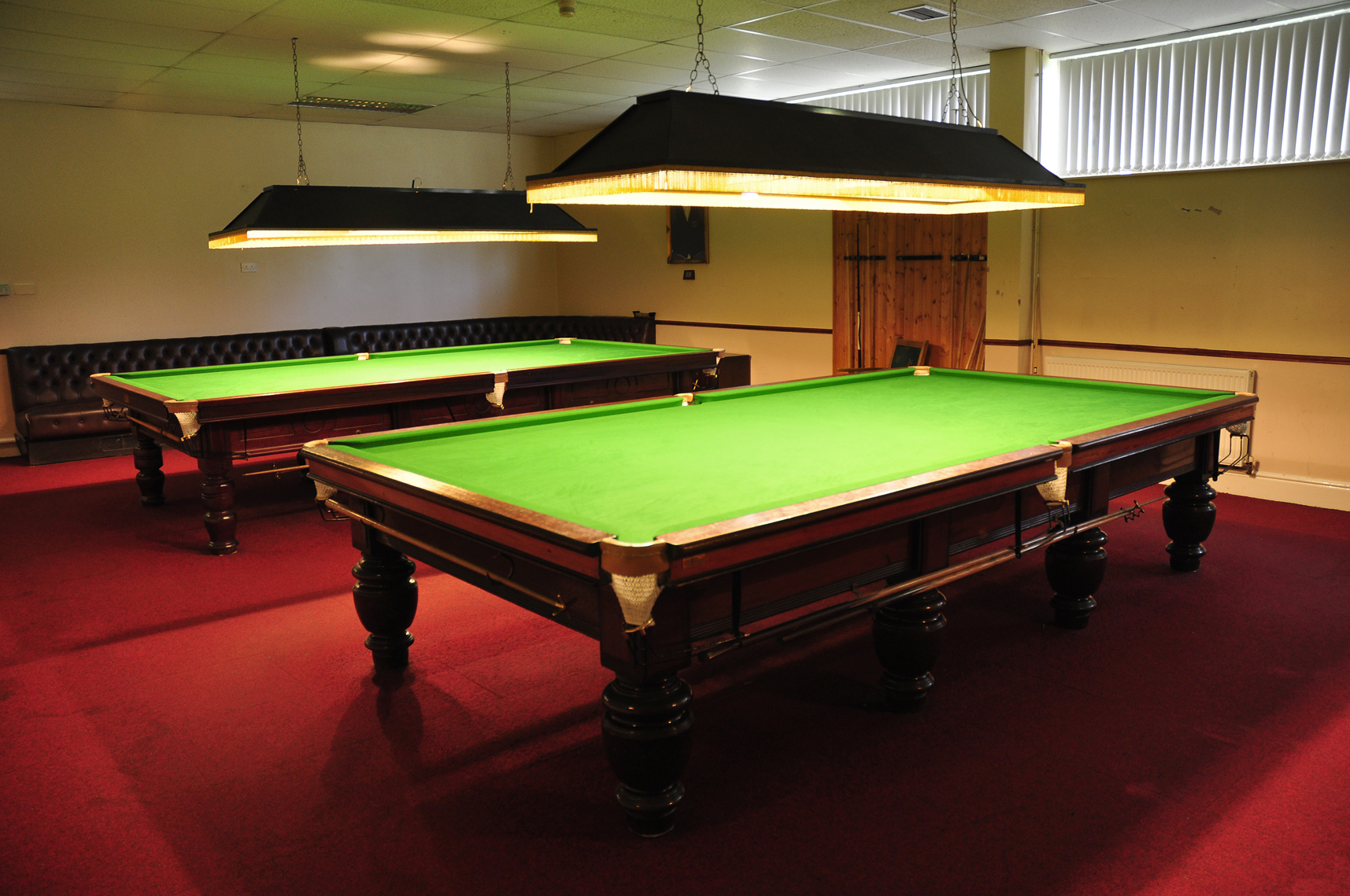 snooker_hall